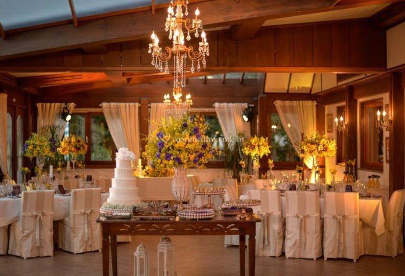 Casamento na serra de Armazém do Evento