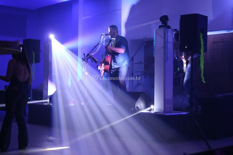 Música Ao Vivo - Vitória Hotel