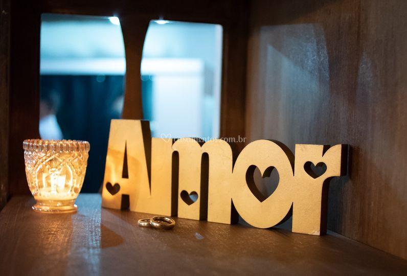 . Amor.