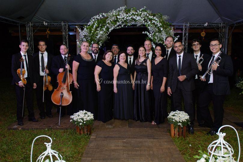 Formação madrigal e instrum