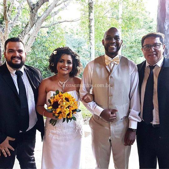 Os noivos