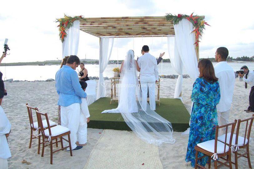 Cerimônia evangélica na praia