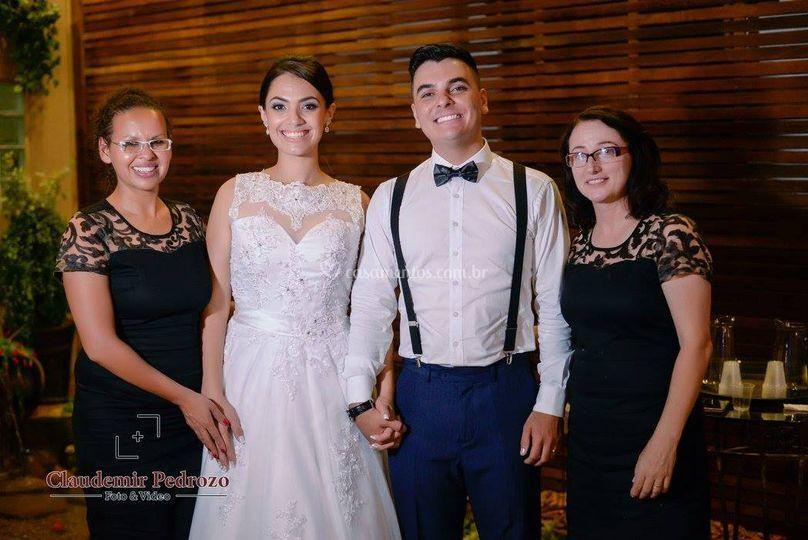 Casal e equipe Arco