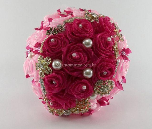 Buquê de flor de fita