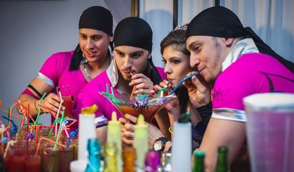 Raih's Show Bar 1