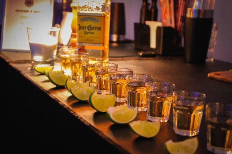 Bar Ontheglass