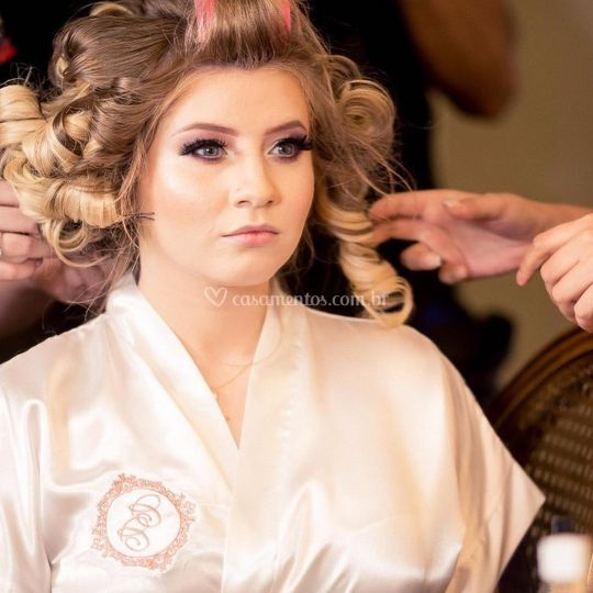 Daniela Righeto Make & Hair lo