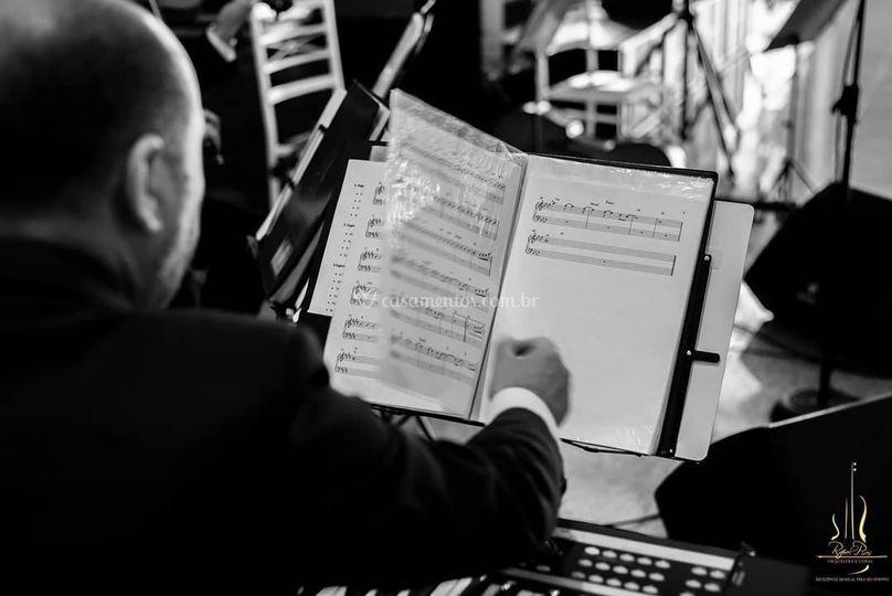 Rafael Pires Orquestra e Coral