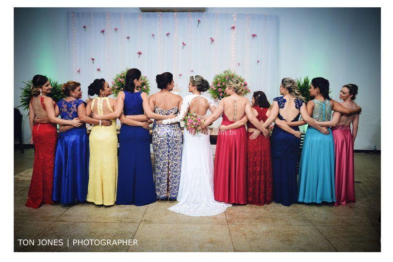 Madrinhas e noiva!