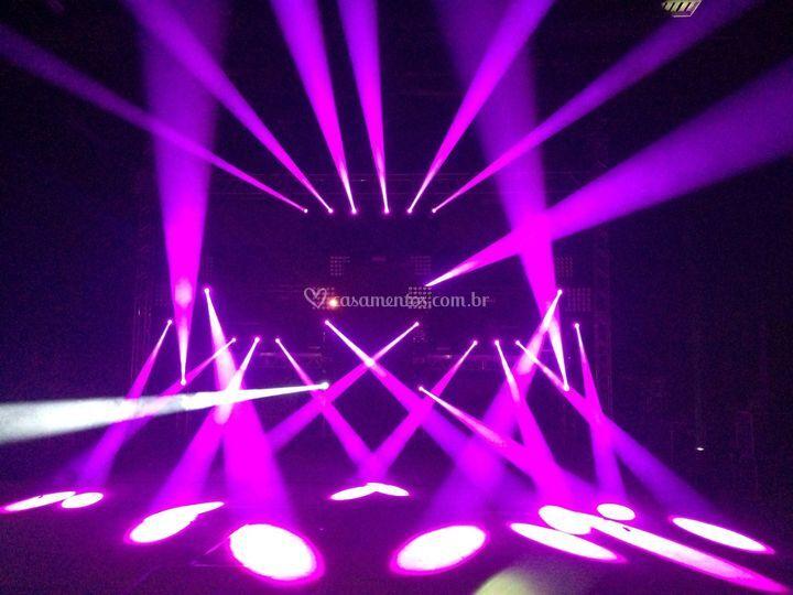Iluminação moving light
