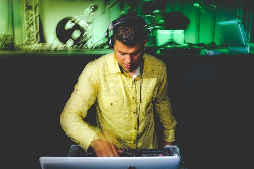 Produção: DJ Marlon Souza