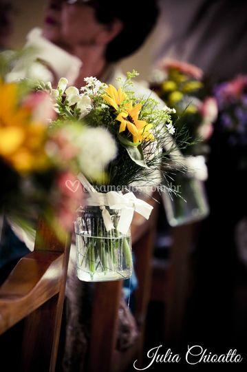 Flores em vidro caminho cerimo