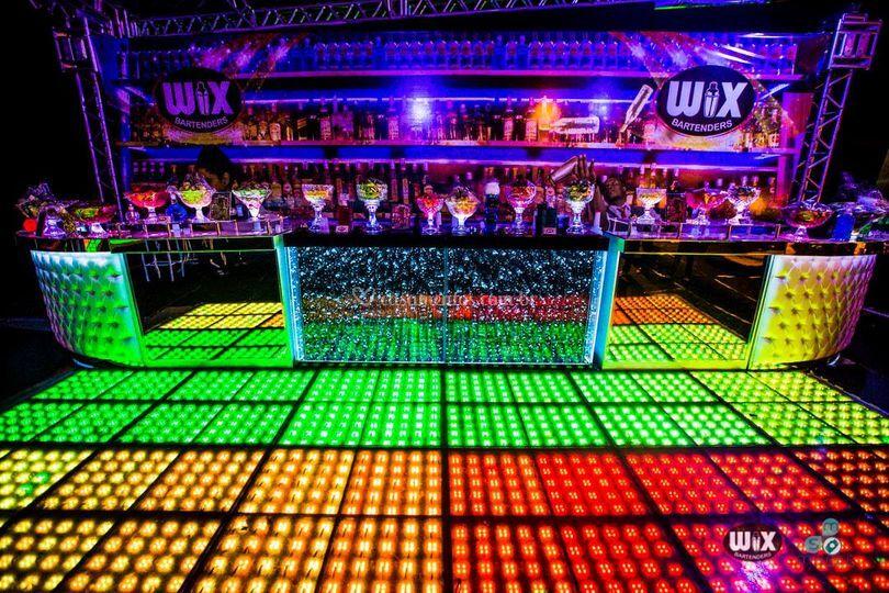 Bares de Luxo c Pista LED