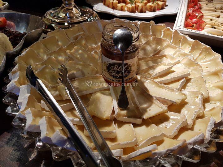 Brie com mel