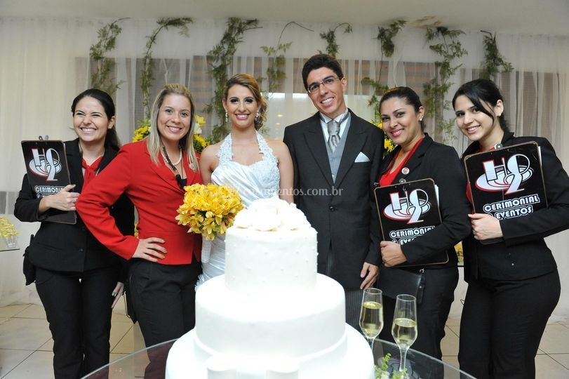 Equipe H2O com os noivos