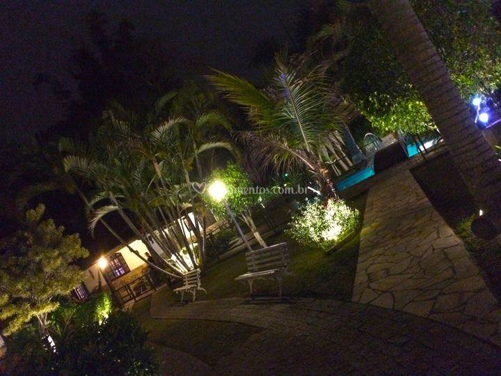 Luz jardim plantas ornamentáis