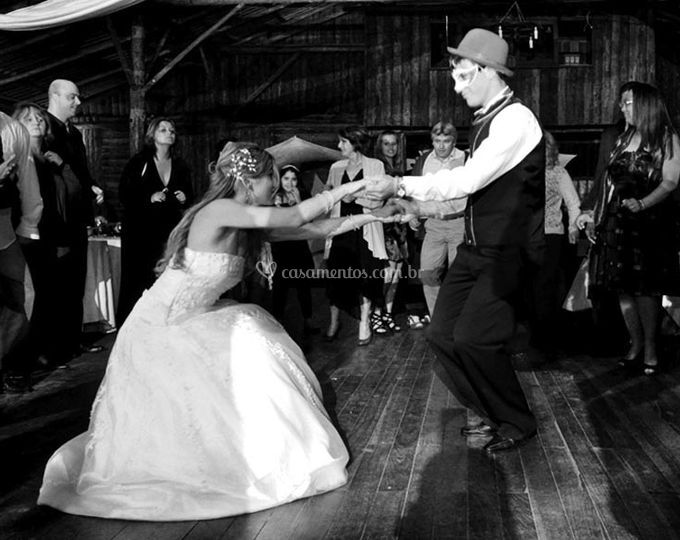 Dançando