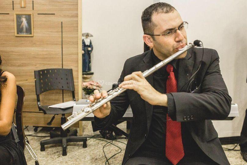 Thiago (Diretor, Flautista)