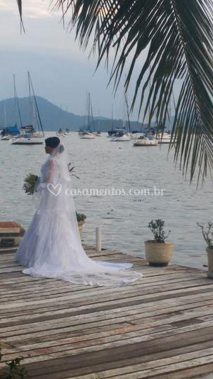 Noiva tirando foto