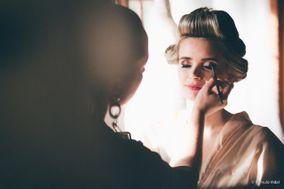 Suh Alfradique Makeup