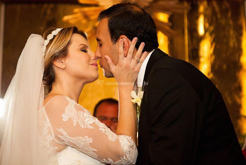 Beijo Casal Cerimônia