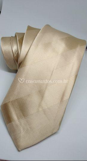 Gravata Dourada