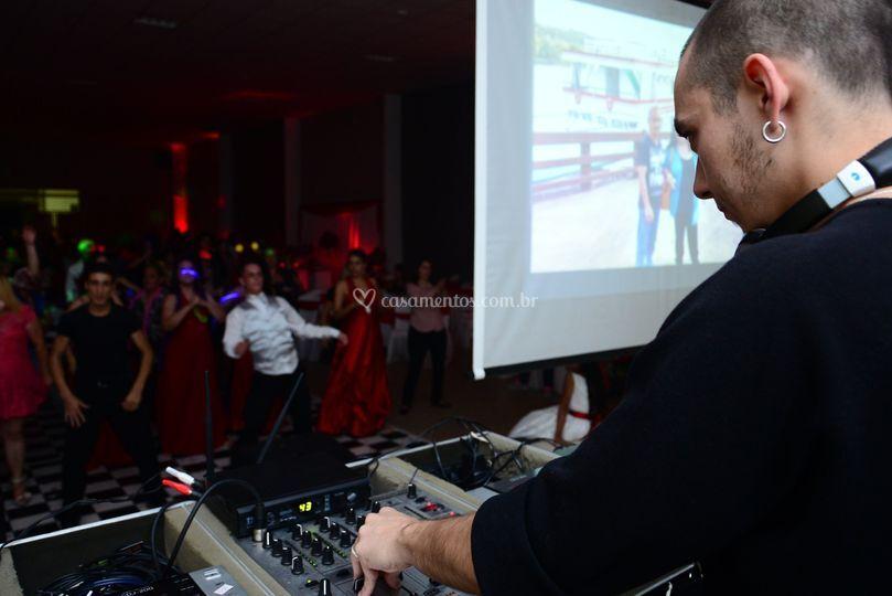DJ na Balada