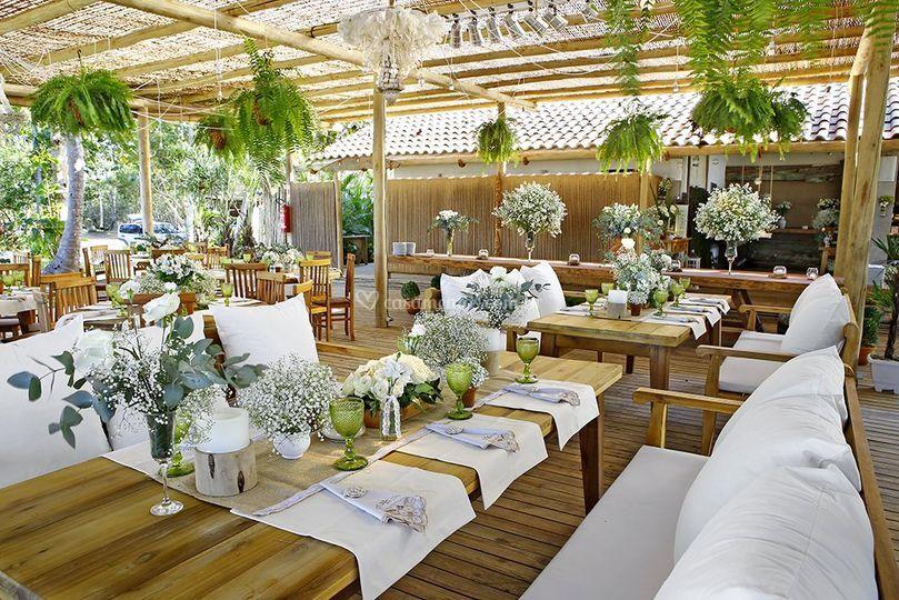 Ambiente branco e verde