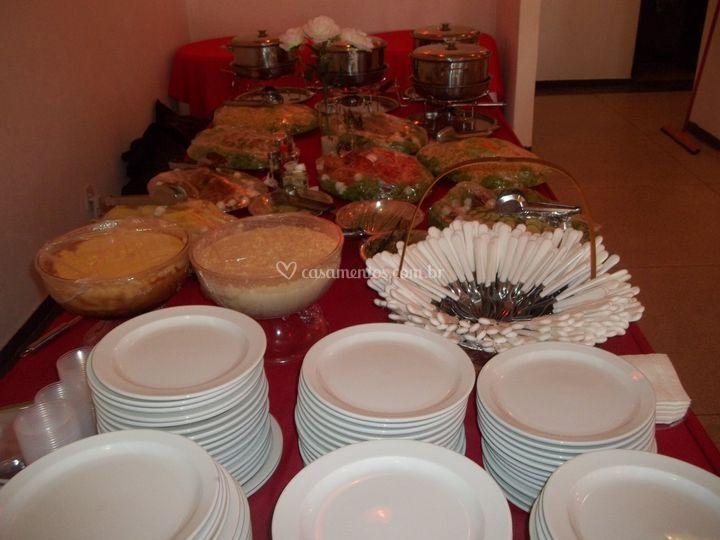 Mesa com sobremesa