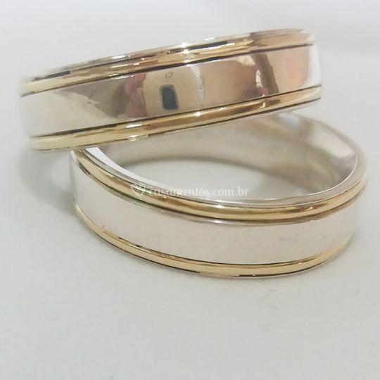 Prata 950 e dois fios de Ouro