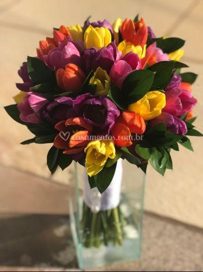 Boquet de tulipas coloridos