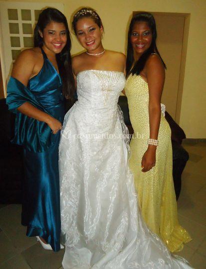 Noiva e trajes de festa