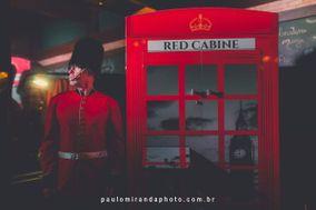 Red Cabine