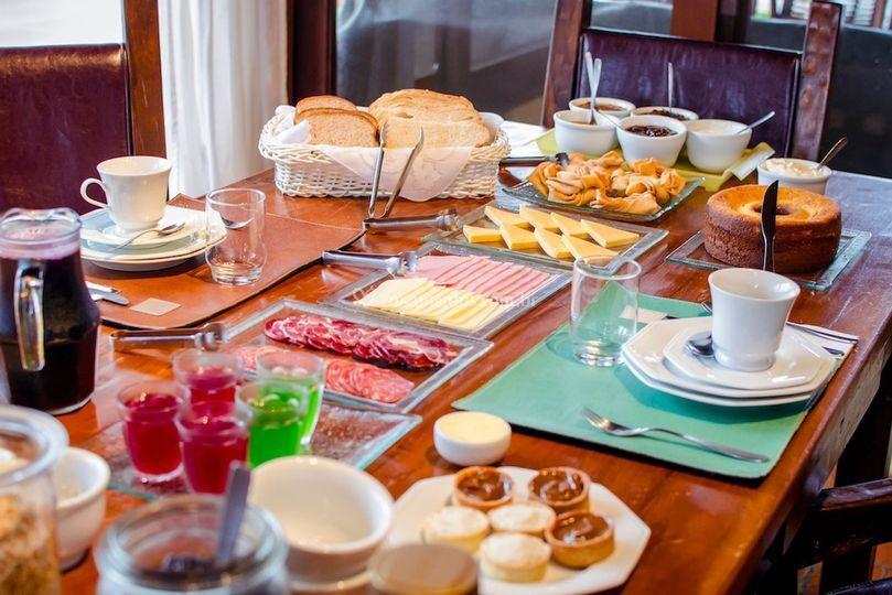 Café da manhã na Pousada!