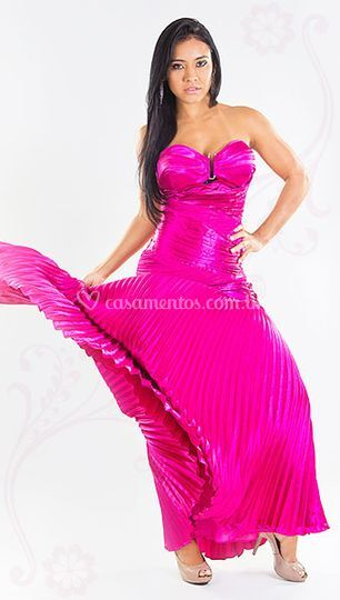 1020e4c2b Vestido grife Flávia Murta Vestido renda plus size Vestido renda plus size  Vestido festa sereia pink