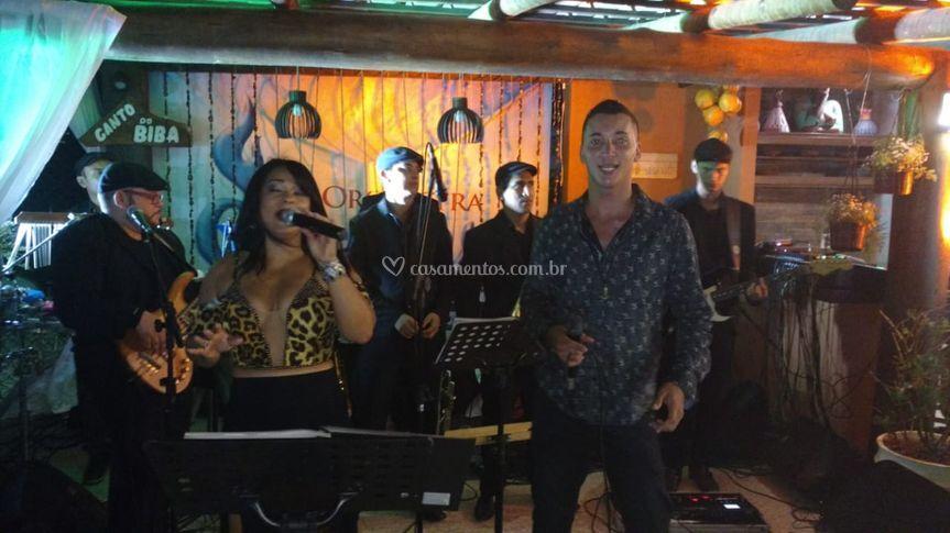 Alana e Tony cantores