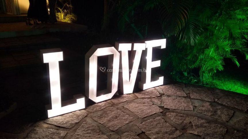 Letreiro love