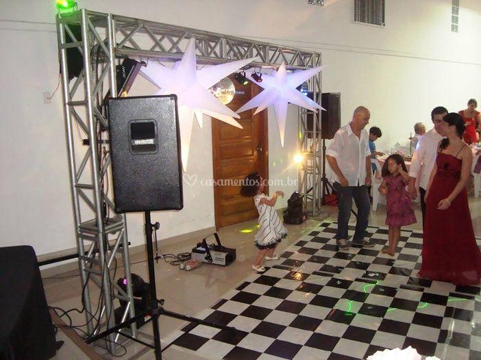 Luzes e pista de dança