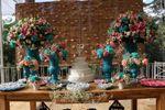 Mesa do bolo de Espa�o Mosaico