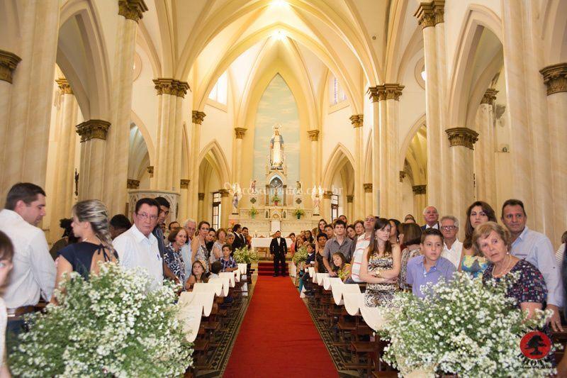 A noiva ta vindo!
