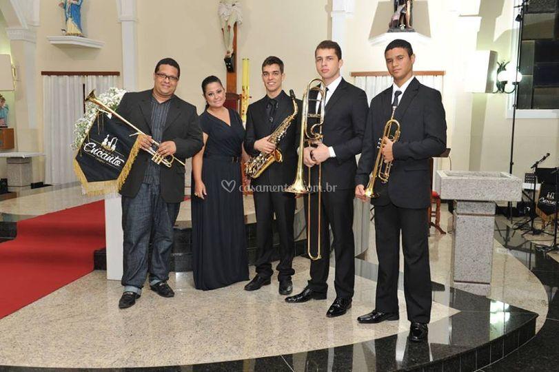 Grupo Musical Encanto
