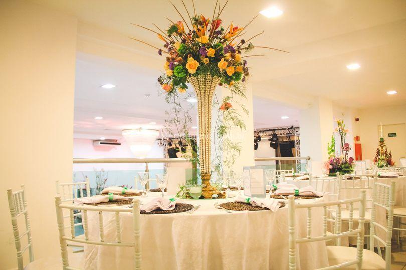 Arranjos mesa de convidados