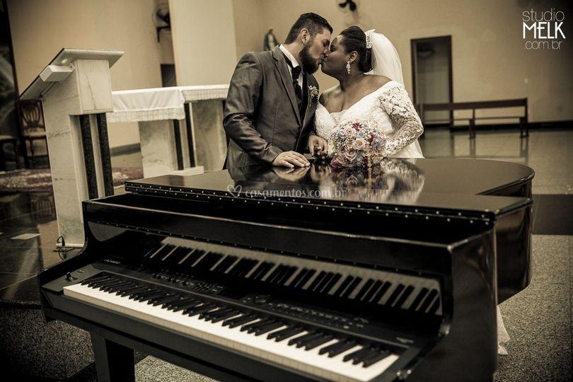 Casamento na igreja com piano