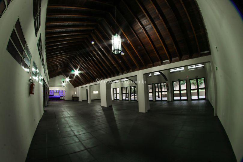 Dentro do salão