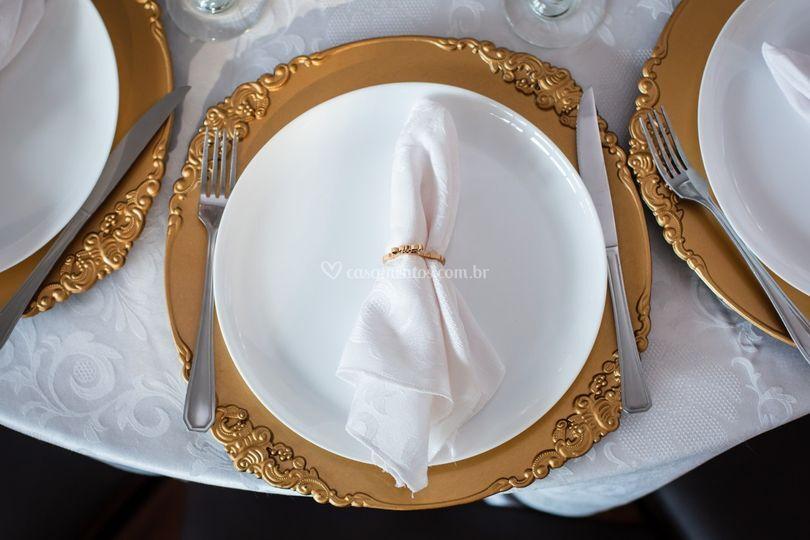 Montagem mesa convidados