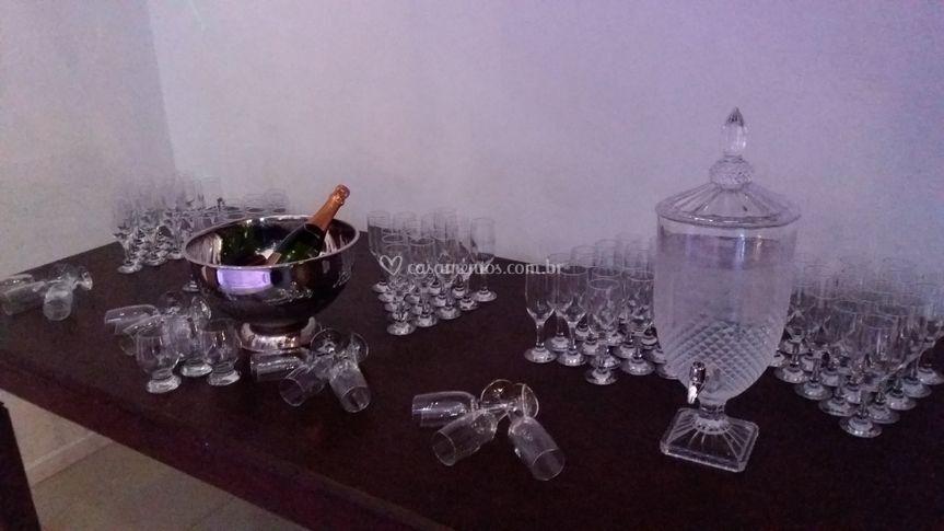 Mesa de água e Drinks