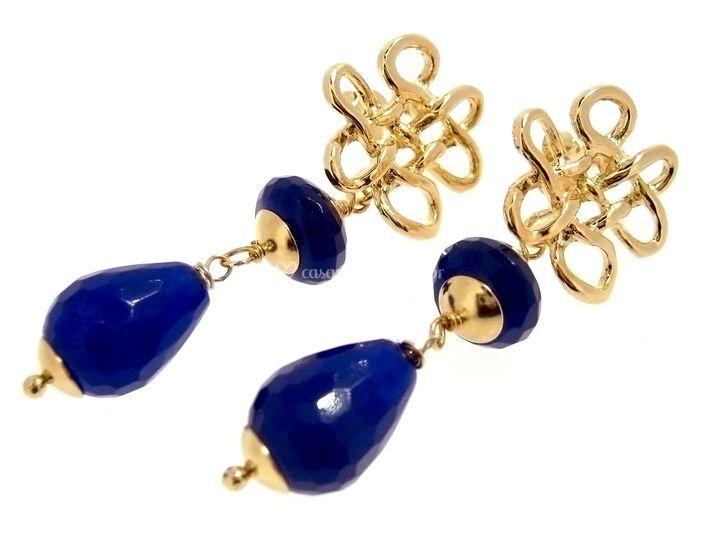 Brincos de jade azul