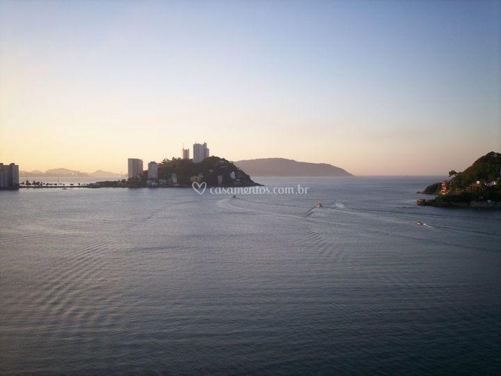 A Ilha Porchat no mar