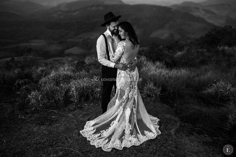 Noiva e noivo estilo boho
