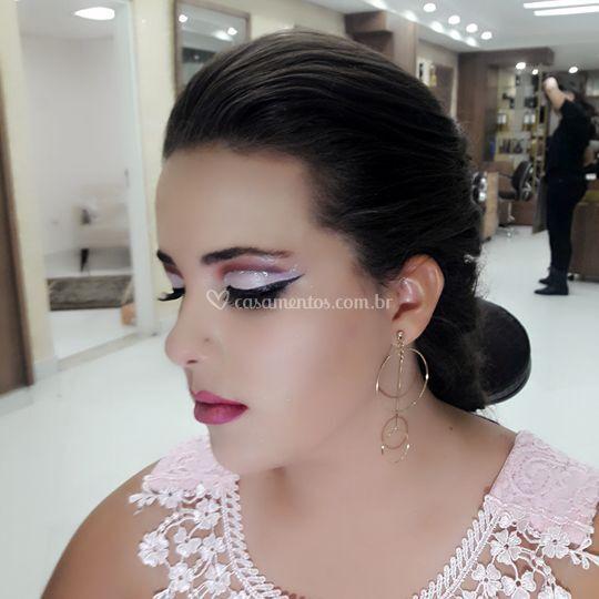 Mila Castro Make Up